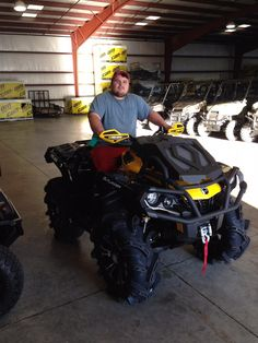 Thanks to Kaleb Phillips from Picayune MS for the purchase of a 2015 Can-Am Outlander Xmr 800R.