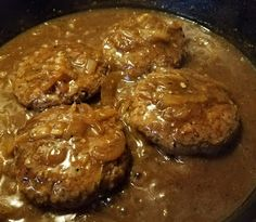 This is comfort food. Quick and easy! Hamburger Steak and Onion Gravy 4 servings 1lb lean ground beef 2 large onions, sli...