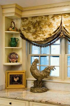 Kitchen window treatment From: Green Door Interiors, please visit Kitchen Window Treatments, French Country Decorating, Rooster Decor, Country Decor, Windows, French Decor, Home Decor, Kitchen Window, French Country Kitchen