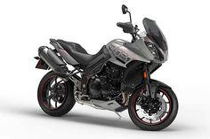 Com algumas modificações no motor e no visual, a linha 2017 da moto Triumph Tiger Sport chega às revendas com preço de R$ 52.990. Leia mais...