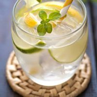 Cocktails, Drinks, Panna Cotta, Yummy Food, Yummy Yummy, Juice, Food And Drink, Lemon, Lose Weight