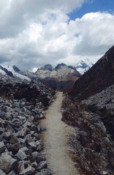 Laguna 69 lies within the Cordillera Blanca of Peru, the heart of the Ande mountains. Complete guide to Laguna 69 in Huaraz, Peru. Pictures, Travel, Mountain Range, Photos, Trips, Traveling, Paintings, Tourism, Outdoor Travel