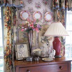 Betsy Speert's Blog: My Cottage Bedroom