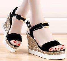 Summer style Classic Sandal women