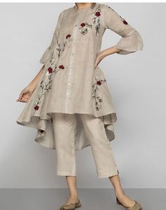 Plazzo Pants, Workout Pants, News Design, Beautiful Hands, Soft Fabrics, Kurti, Color Combinations, Hand Embroidery, Kimono Top