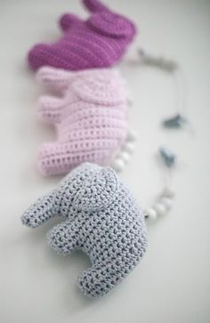 virkattu norsu Diy Crochet And Knitting, Love Crochet, Baby Knitting Patterns, Crochet Toys, Crochet Patterns, Little Elephant, Heart Patterns, Diy Projects To Try, Crochet Earrings