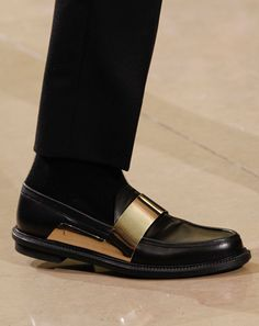 separation shoes 25af6 dd133 Mens Fall 2012 Metal Shoes  Men s Fall Fashion Trend  Fashion Shows  GQ  Botas