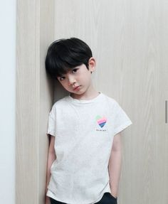 Cute Baby Boy, Cute Little Baby, Little Babies, Cute Boys, Kids Boys, Cute Asian Babies, Korean Babies, Asian Kids, Handsome Kids