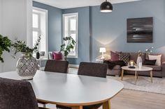 - Home Fashion Trend Scandi Living Room, New Living Room, Geometric Tiles, Geometric Decor, Dining Room Blue, Dining Table, Dining Rooms, Geometric Furniture, Soft Flooring