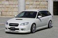Subaru Legacy 25i Wagon
