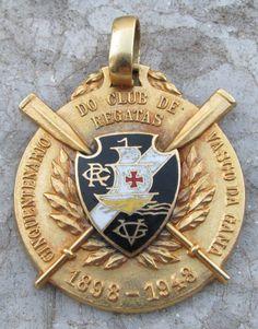 medalha ouro - cinquentenário vasco da gama - escudo vascão Musa Do Vasco, Football Mexicano, Rowing, Neymar, Ronaldo, Gold Rings, Soccer, Football Pics, World Football