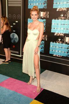 Pin for Later: Seht alle Stars bei den MTV Video Music Awards Bella Thorne
