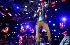 Luan Santana faz show em Barretos - Yahoo! OMG! Brasil