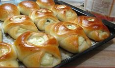 Patties from lean dough Pies are obtained are soft and fluffy, long stale. No less tasty are obtained from this test and strudel (the dough is very Ukrainian Recipes, Russian Recipes, Russia Food, Eastern European Recipes, Us Foods, Food Photo, Food Inspiration, Sweet Recipes, Good Food