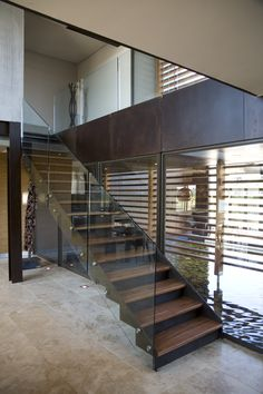 House Serengeti | Timer Staircase | Nico van der Meulen Architects #Timber #Interior  #Contemporary