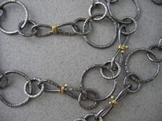 Chain Example: Zee Galliano.  links to numerous other artists' work