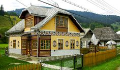 Visit the historical region of Bucovina in a private day trip from Iasi, explore the famous UNESCO Painted Monasteries, and discover the craft of black pottery. Ukraine, European House, Good House, Cozy Cottage, Cabin Homes, Little Houses, Traditional House, House Painting, Architecture Design