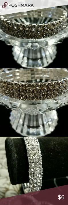 Beautiful rhinestone bracelet Beautiful rhinestone bracelet Jewelry Bracelets