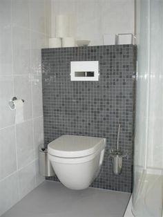 Toilet met mozaiek google zoeken inrichting kleine wc ruimte pinterest toilets google - Wc tegel ...