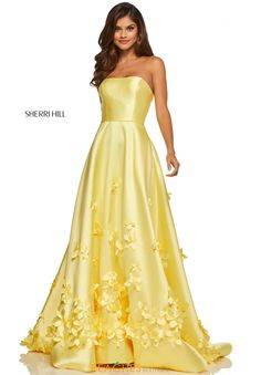 Ypsilon Dresses Salt Lake City Utah PROM Pageant and Evening Wear Formal Formalwear Store High School Dance Dresses Homecoming Sweethearts Unique Prom Dresses Sherri Hill Long Yellow A-line Flowy Ballgown Strapless Dress with Floral Applique Strapless Prom Dresses, Pretty Prom Dresses, Dresses To Wear To A Wedding, Trendy Dresses, Dance Dresses, Ball Dresses, Beautiful Dresses, Dress Prom, Yellow Prom Dresses
