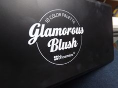 http://lipsticketmojitos.fr/glamorous-blush-palette-de-bh-cosmetics-le-must-have/
