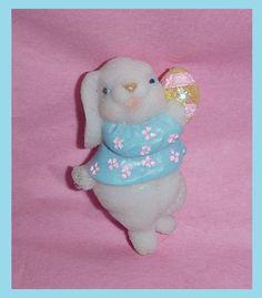 Adorable Vintage Easter Bunny Brooch Pin by PopcornVintageByTann