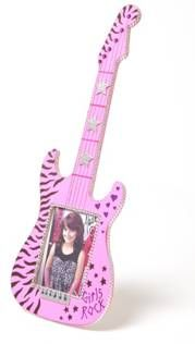 Party Like A Rock Star Birthday Party~ Decorate a picture frame guitar for holding a pic of each girl rockin' out. Let the b-day girl autograph it!