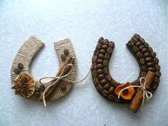 1 million+ Stunning Free Images to Use Anywhere Burlap Crafts, Diy And Crafts, Crafts For Kids, Arts And Crafts, Diy Christmas Ornaments, Christmas Wreaths, Christmas Decorations, Coffee Bean Art, Coffee Cup Crafts