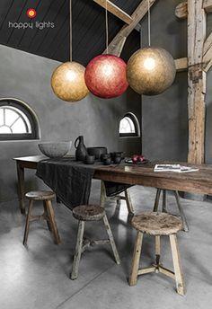 Happy Lights - S=19euro/M=26euro/L=33 euro/XL=40 euro + 9 euro fitting, draad 1m, porseleinen fitting+gekleurde draad = duurder