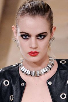 The best beauty looks from Paris Fashion Week Fall 2016, from Saint Laurent, to Louis Vuitton, Chanel and more.