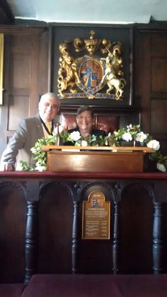 The first official Sandwich MA visitor to Sandwich, Kent - Sandy Schrader - with Mayor of Sandwich Cllr Paul Graeme. The Mayor kindly offered Sandy his seat (in the ancient Guildhall Courtroom).