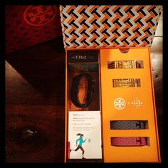 Hannah Simone from the New Girl, opening up her Tory Burch for Fitbit collection!