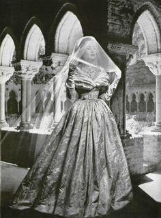 1948 wedding dress by Christian Dior