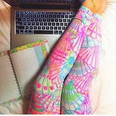 ISO LILLY PULITZER LEGGINGS Any print Lilly Pulitzer Pants Leggings