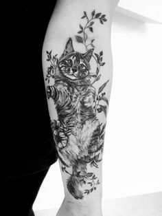 Madlyne van Looy Tatto & Art - feine Natur-Tätowierungen Madlyne van Looy Tatto & Art - buenos tatuajes naturales y arte corporal Hase Tattoos, Natur Tattoos, Kunst Tattoos, Piercing Tattoo, I Tattoo, Piercings, New Tattoos, Cool Tattoos, Music Tattoos