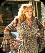 Molly Weasley~I know who I'm going as for Halloween