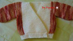Esse casaquinho é bem lindinho e fácil de fazer.  Encontrei a receita há tempos numa revista de tricô, porém preparada para ser tricotada co...