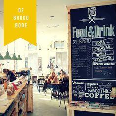 #DeBroodbode - Kom eens lekker lunchen bij De Broodbode Enschede! Of gewoon een kopje koffie drinken met wat lekkers :)   #Haverstraatpassage #Enschede