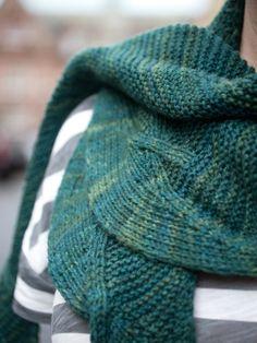 Beautiful shawlette - Marin
