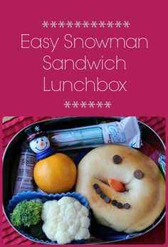 Put the freeze on boring lunchboxes with this EASY and cute snowman bagel sandwich.