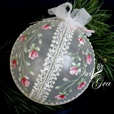 Oxi first Christmas.visit this ladies site. Shabby Chic Christmas, Victorian Christmas, Pink Christmas, Christmas Balls, Beautiful Christmas, Handmade Christmas, Christmas Time, Painted Christmas Ornaments, Holiday Ornaments