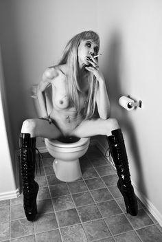 Kate moss toilet