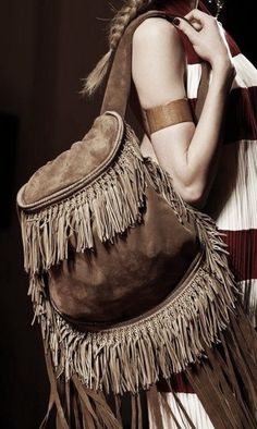Boho bag with fringes. For more followwww.pinterest.com/ninayayand stay positively #inspired