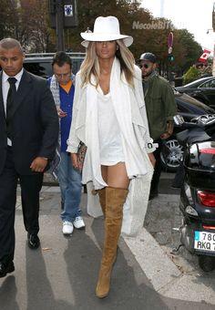 SHE KILLS IT  Ciara arrives at L'Avenue Restaurant in France