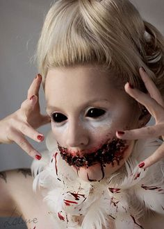 25-Scary-&-Horror-Face-Makeup-Ideas-Looks-Trends-2015-7