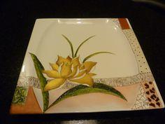 pintura sobre porcelana pintada a mano