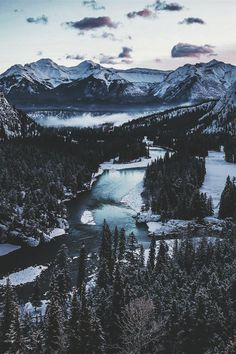 Pinterest: @ theapresgal ❄△ | Incredible. Why are mountains and lakes together so perfect?