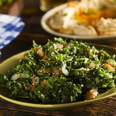 Tabbouleh salad with couscous and white onion - Tasty-Meals - Simple recipes for every day Gourmet Recipes, Vegetarian Recipes, Healthy Recipes, Simple Recipes, Clean Eating, Lactose Free Recipes, Ras El Hanout, Organic Herbs, Salad Ingredients