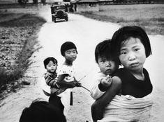 사진작가 이형록( 李亨祿)의 작품을 통해 본 그때 그시절 : 네이버 블로그 Korean Photography, Photographers, Couple Photos, Couples, Couple Shots, Couple Photography, Couple, Couple Pictures