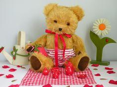 Baby Snudge a cute baby Pedigree bear C1950 www.onceuponatimebears.co.uk